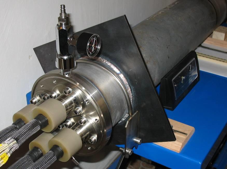 PGKK típusú, méréstechnikai kábelátvezető műhelyben felújított változata (MHKA-RM típus)